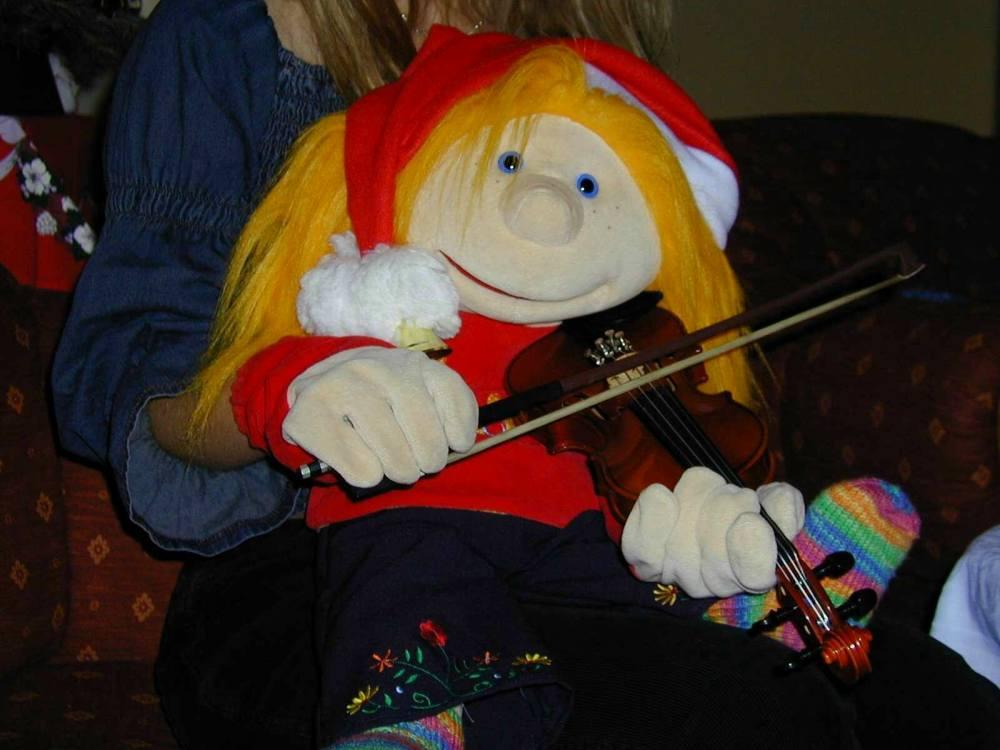 Jule spielt Geige...